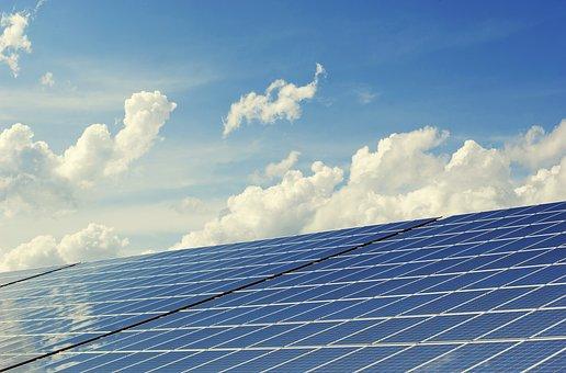Solceller i Stockholm monterade på tak